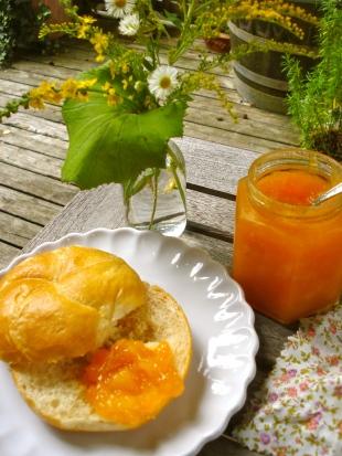 32. Aprikosen / Mango Marmelade