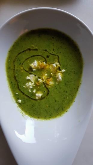 155. Zucchini-Erbsen Suppe mit Basilikum